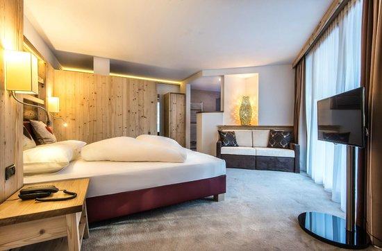Hotel Posta Pederoa: L'Feur Suite