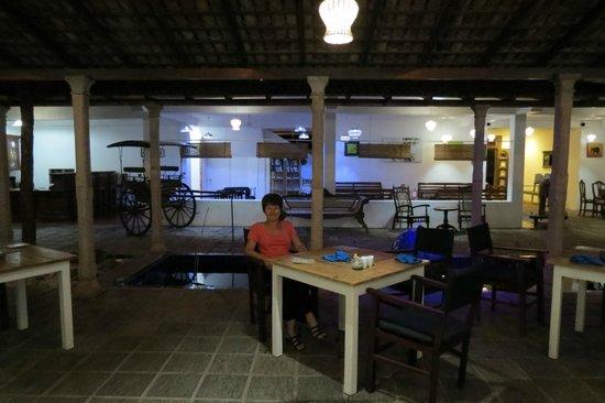 Pigeon Island Beach Resort: the restaurant