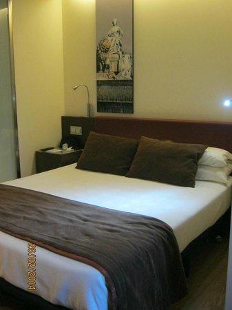 Ayre Gran Hotel Colon: room 322