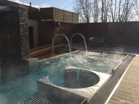 Hydro Pool In Spa Picture Of The Waterfront Hotel Spa Golf Wyboston Tripadvisor