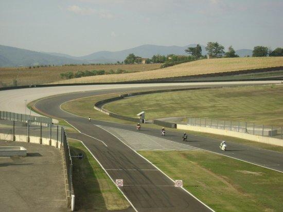 Autodromo del Mugello: ..la pista..