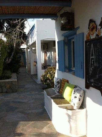 Hotel Sourmeli Garden