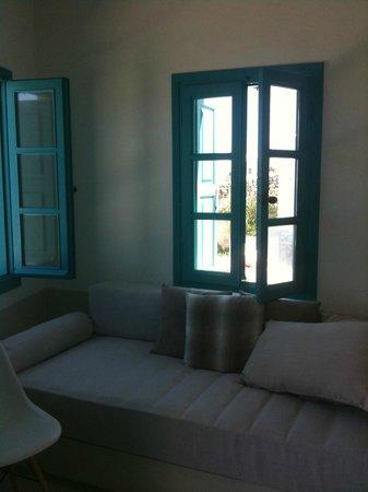 Kifines Suites: sitting area