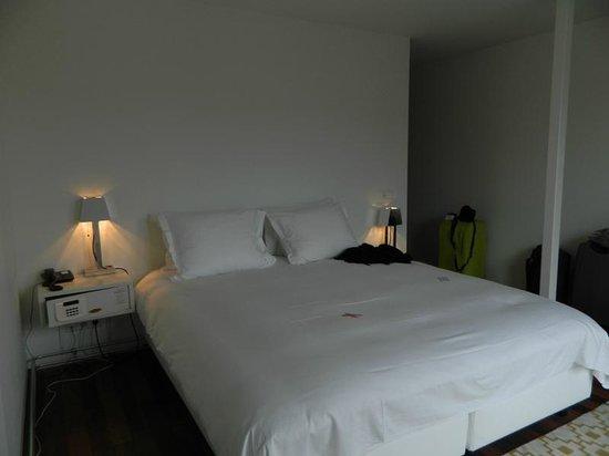 Hotel The Exchange : cama superconfortable