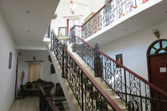 The Richmond House Kandy: the staircase