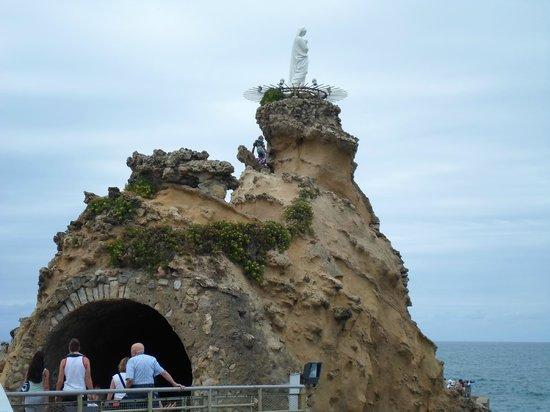 Rocher de la Vierge : Virgen