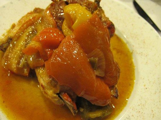 Da Armando al Pantheon: Chicken with sweet pepper