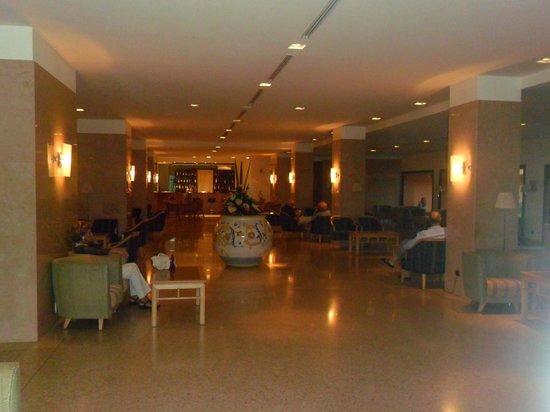 Grand Hotel delle Terme Re Ferdinando: hall