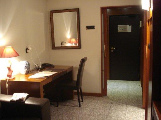 Goldstar Resort & Suites: geniş giriş