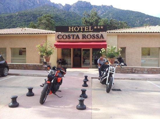 Hotel et Residence Costa Rossa: Entrée Hôtel