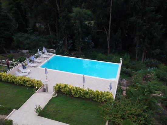 Hotel et Residence Costa Rossa: Vue de salle de petit déjeuner