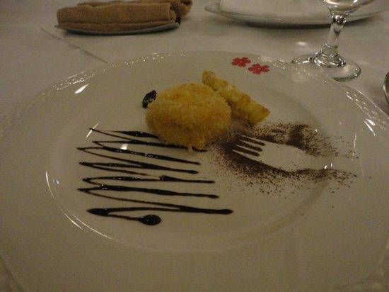 Hotel Shikinokura : ディナーのデザートです。