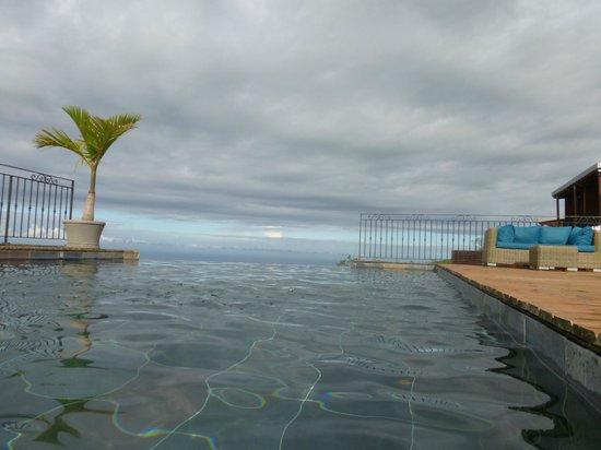 Diana Dea Lodge : la piscine à débordement
