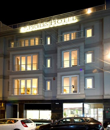 Aprilis Hotel : Street Face