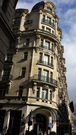 Millennium Hotel Paris Opera: Corner rooms would be grand! Side street quieter