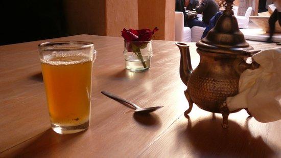 Dar Cherifa: Rose tea
