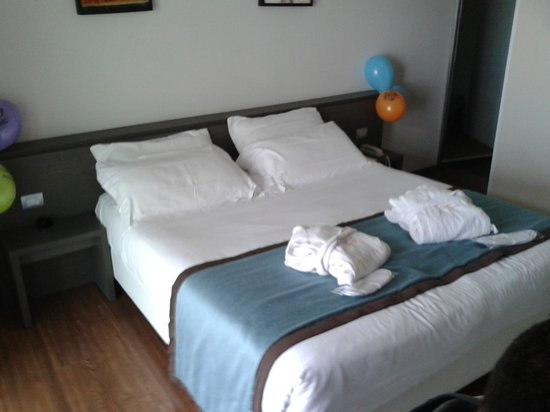 Hotel Touring: camera superior