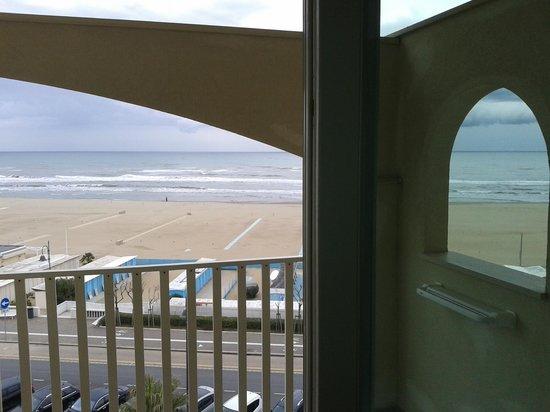 Hotel Touring : balcone vista mare