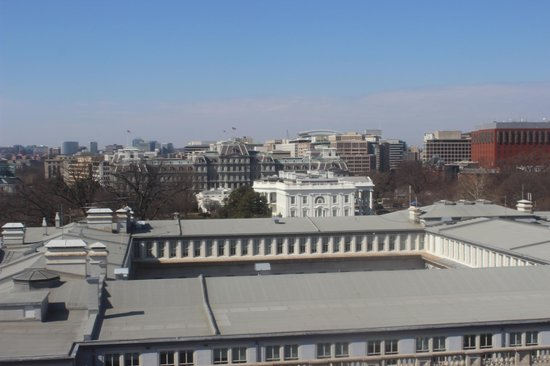 W Washington DC: View from rooftop bar- White House