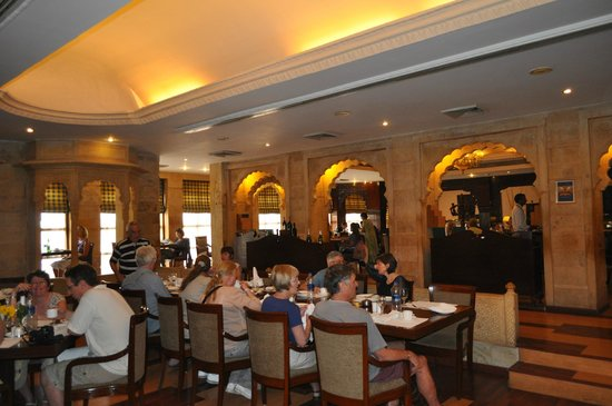 Gorbandh Palace : lavish buffet spread, with amazing service and ambience
