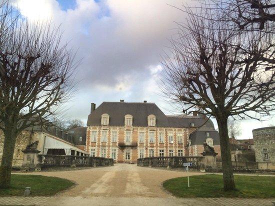 Château d'Etoges : Château