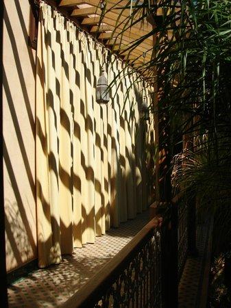 Riyad Al Moussika : Upstairs hallway
