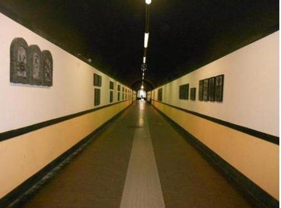 Spianata Castelletto : la galleria dell'ascensore