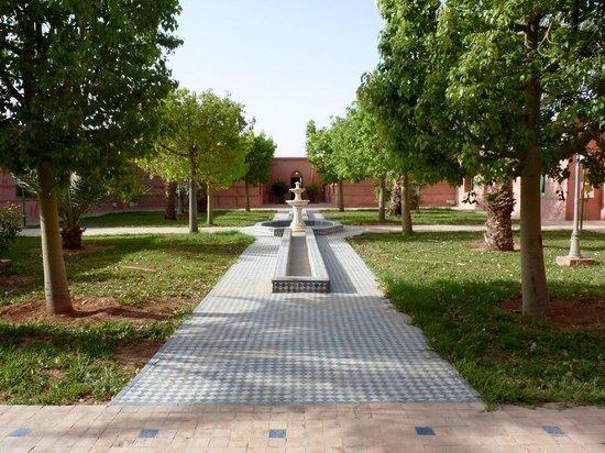 Hotel Le Riad: Jardines