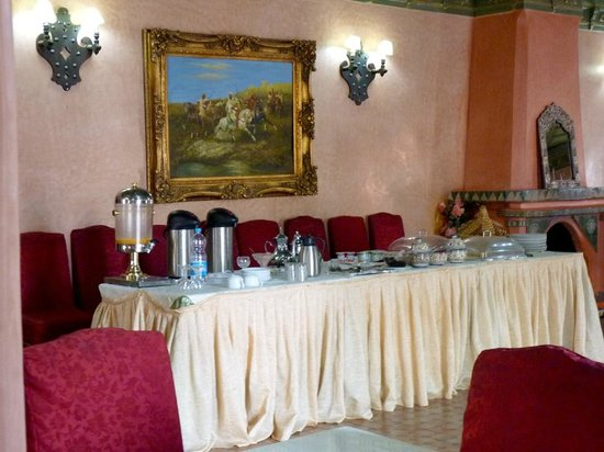 Hotel Le Riad: Buffet desayuno