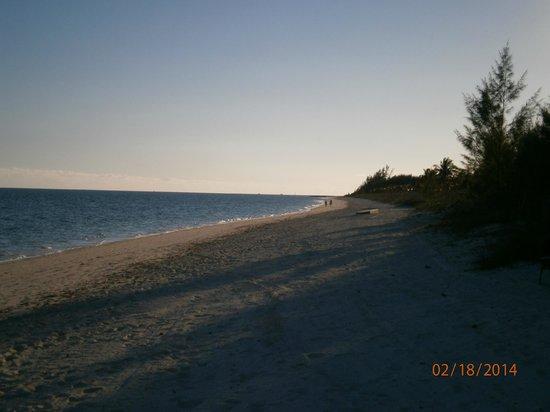 Margarita Villa: Beach view to the west.