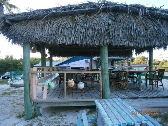 Margarita Villa : Walking in from the beach
