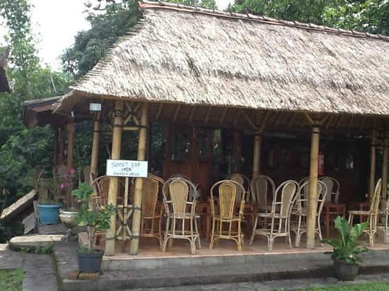 Puri Lumbung Cottages : Sunset bar