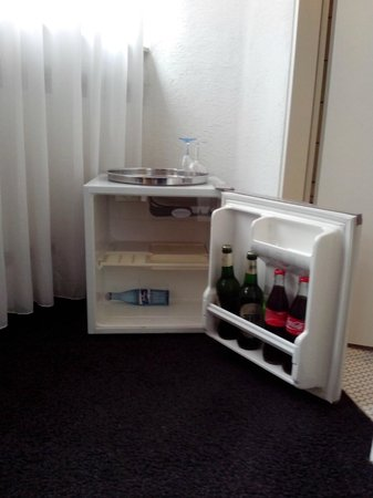 Hotel L'Auberge: Fridge (hidden one, but you should know - it's there ;)