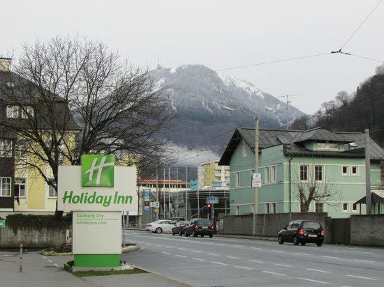 Holiday Inn Salzburg City: Just outside the hotel