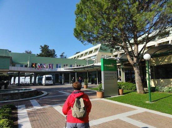 Svoboda Hotel: Hotel entrance