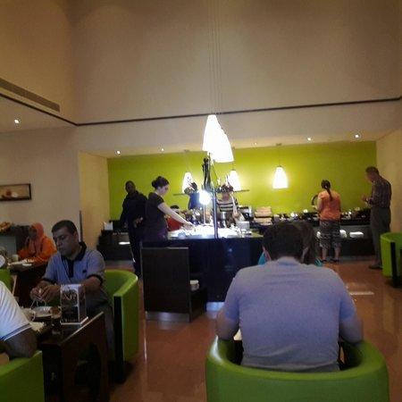 Ibis Al Rigga: buffet