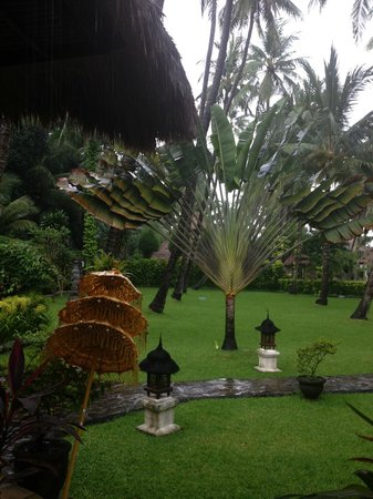 Alam Anda Ocean Front Resort & Spa: View from dining area