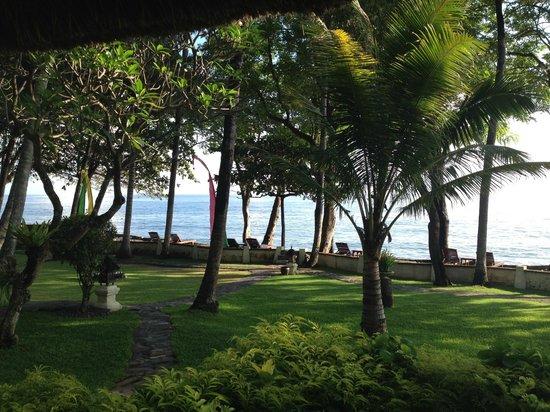 Alam Anda Ocean Front Resort & Spa: view from sea view shack