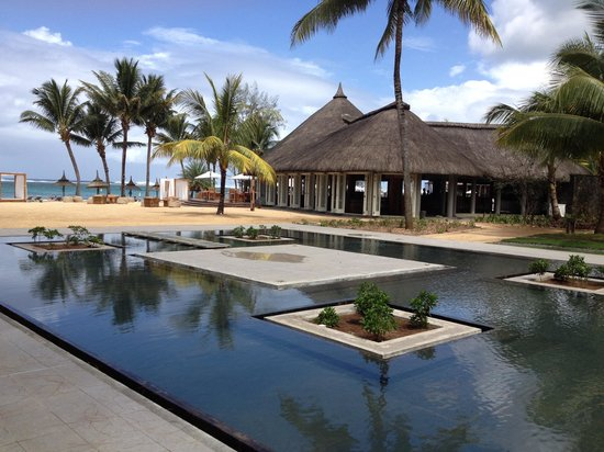 Outrigger Mauritius Beach Resort : A little piece of paradise
