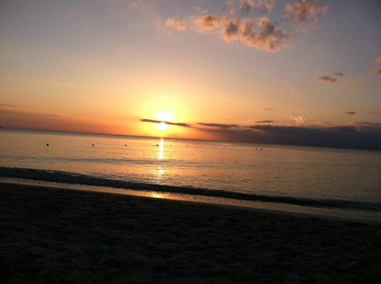 Occidental Cozumel: Sunset every night