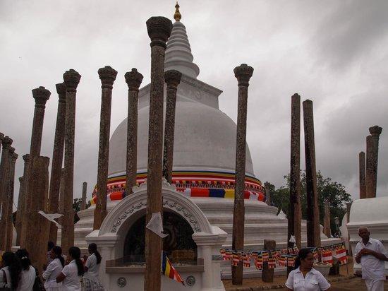 Dagoba of Thuparama: Stupa
