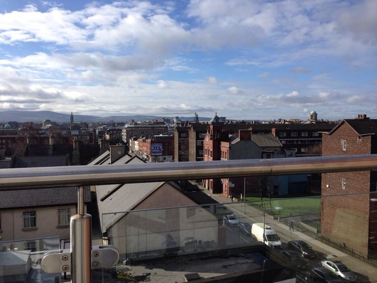 Maldron Hotel Parnell Square: 5th floor suite view