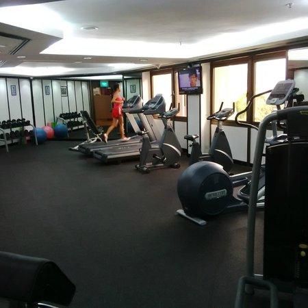 Village Hotel Bugis by Far East Hospitality: Gym
