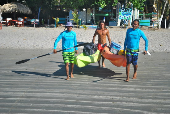 Pato's Surf School: .