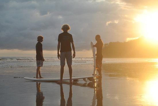 Pato's Surf School: .