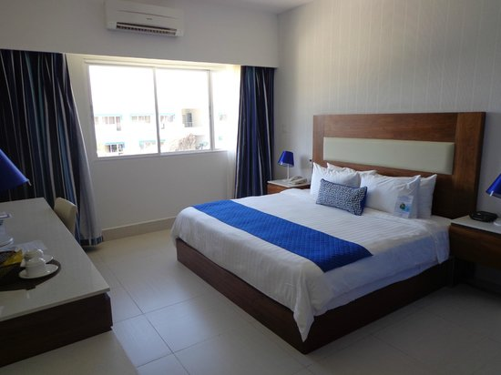 Mykonos Hotel & Convention Center: Chambre King Room