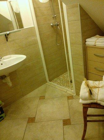 Appartamenti Antica Dro : Il bagno