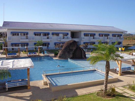 Mykonos Hotel & Convention Center : Piscine