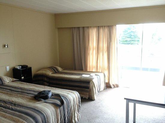 Fiordland Hotel/Motel: Décoration démodée