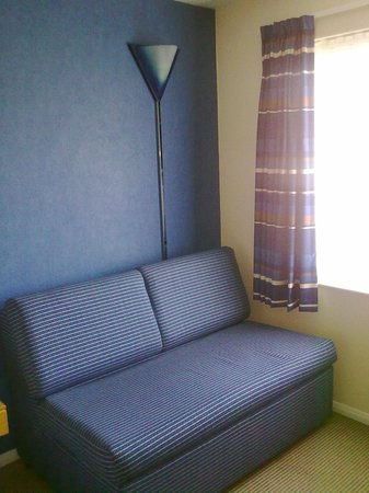 Holiday Inn Express Peterborough: Sofabed